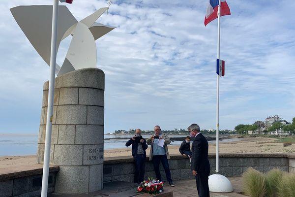 À Saint-Nazaire, hommage à huis clos sur le front de mer