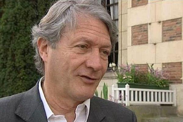 Le fils de Philippe Augier (le Maire de Deauville, en photo), candidat ou pas aux législatives ?