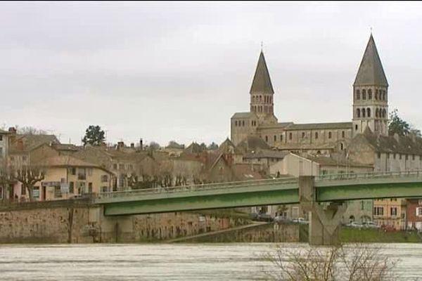 La ville de Tournus en Saône-et-Loire
