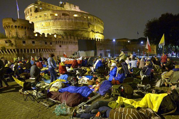 Les pélerins ont dormi à la belle étoile à Rome