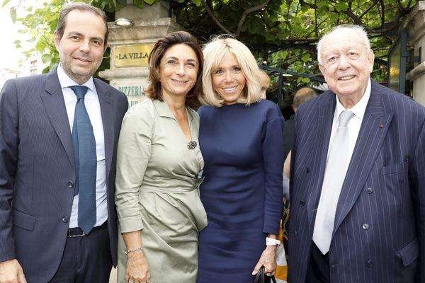 """Brigitte Macron aux côtés de Jean-Claude Gaudin, Martine Vassal et Yves Moraine lors d'un déjeuner au restaurant """"La Villa"""", le 14 juin 2019."""