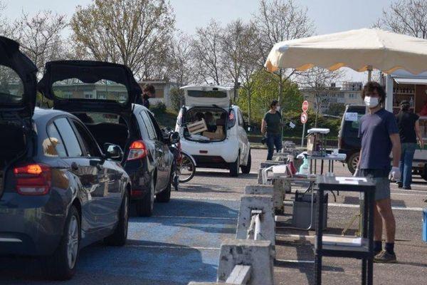 Les agriculteurs du marché bio de Vandoeuvre les Nancy se sont réorganisés en drive les vendredis au parc des expositions