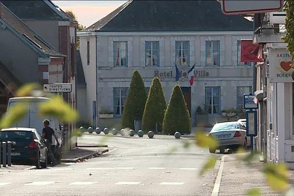 La mairie de Coullons, dans le Loiret.