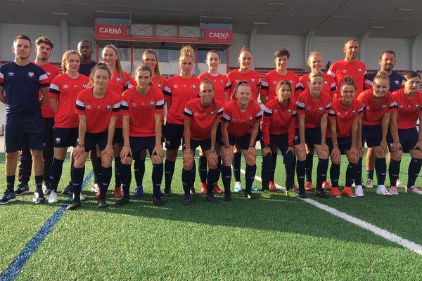 L'équipe féminine du SM Caen