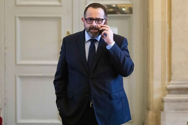 François Cormier-Bouligeon en salle des 4 colonnes durant les questions d' actualité au gouvernement a l'Assemblée Nationale.