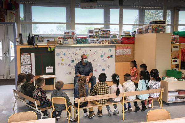 La rentrée des classes dans l'école maternelle des Joyeux Pinsons de Metz-Borny