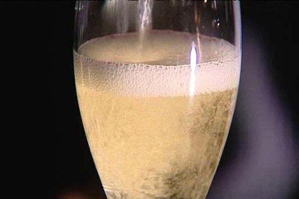 Un vin des coteaux du Bugey à consommer avec modération...