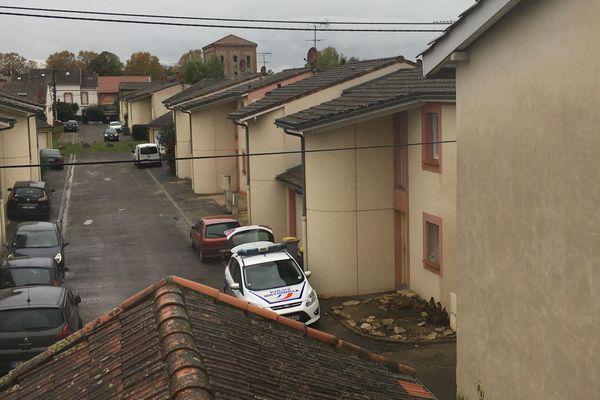 C'est dans cette petite rue du quartier Villebourbon à Montauban que deux femmes ont été tuées.