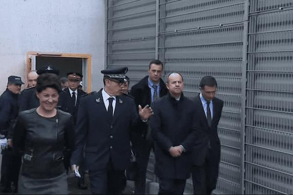 Le ministre de la justice visite la prison de Valence, et constate les dégâts liés aux mutineries de 2016