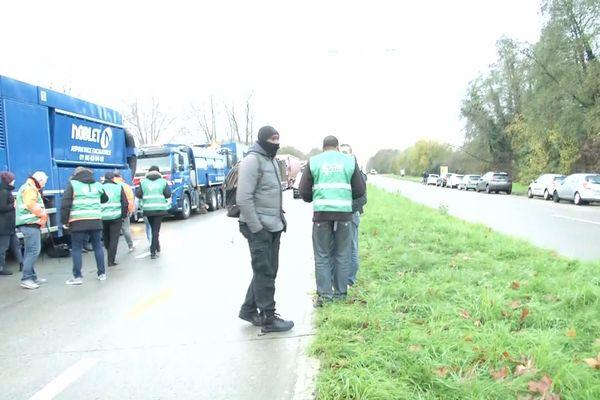 Blocage des routiers ce matin en Seine-et-Marne