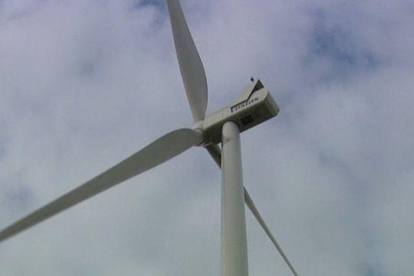 D'ici la fin de l'année, un parc éolien doit entrer en fonction à la Souterraine, de même que la première éolienne de la Haute-Vienne