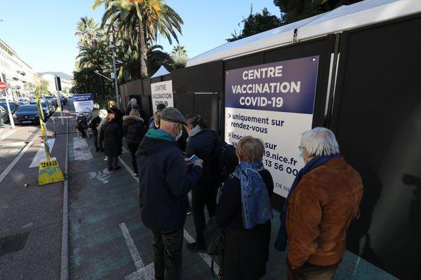 En plus du CHU de Toulouse, 31 centres de vaccination ouvriront sur tout le territoire de la Haute-Garonne lundi 18 janvier prochain.