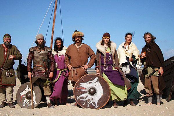 Le clan Garewal, des Normands du Bessin, passionnés par la vie des Vikings