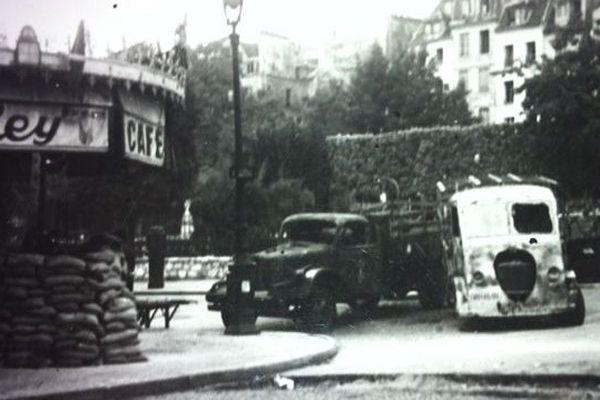 Une photo prise en août 44 dans le 5e arrondissement à Paris