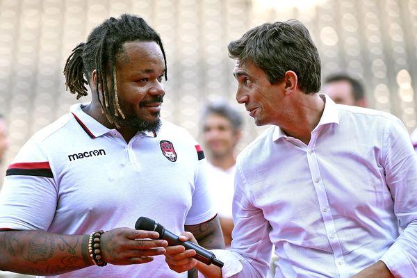 Mathieu Bastareaud était présent pour la présentation des nouvelles recrues devant les supporters du Lou Rugby, mercredi 17 juillet 2019, au stade de Gerland.
