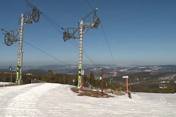 La station de ski du Mont-Lozère ferme ses pistes faute de neige - 19 février 2019
