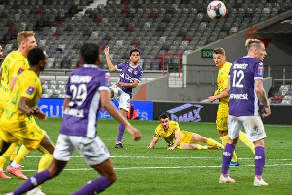 Les Canaris ont ouvert le score à la 10e minute, grâce à un but de Ludovic Blas.