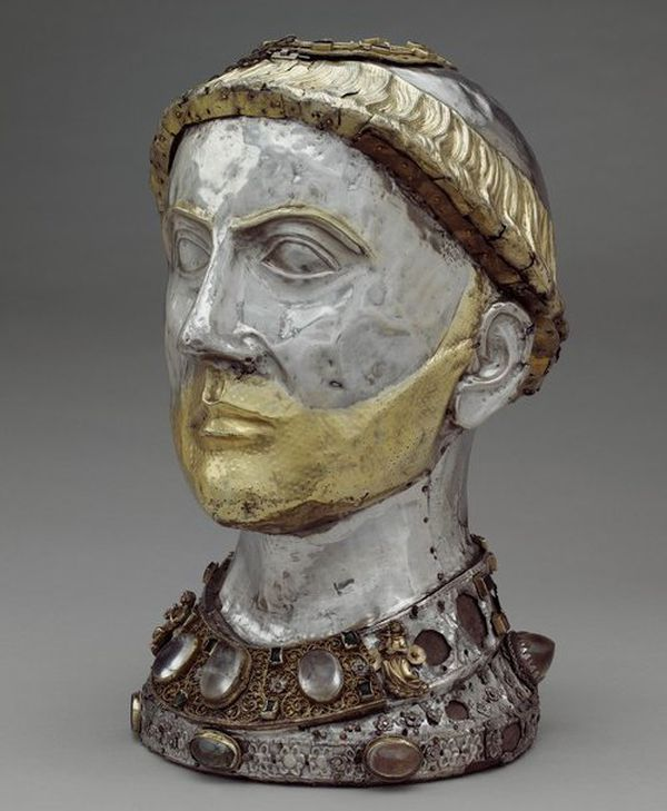 Le chef reliquaire d'Aredius - l'original - est au Metropolitan Museum de New York