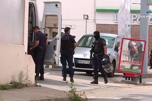 La police est intervenue ce mardi, après qu'un automobiliste a été menacé par arme à feu sur la route de Mezzavia, à Ajaccio.