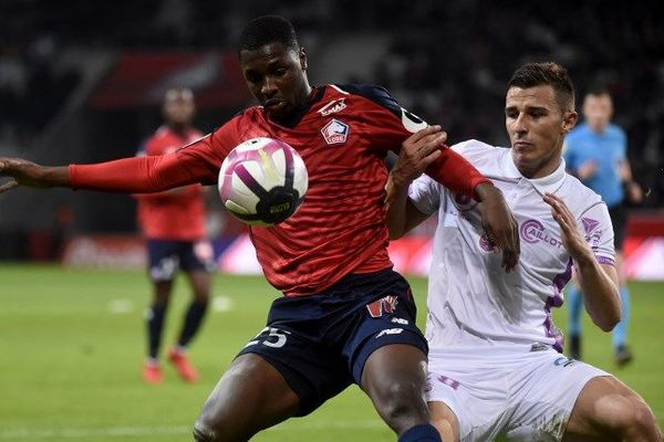 Fodé Ballo-Touré, 22 ans, était le défenseur latéral gauche du club de Lille.