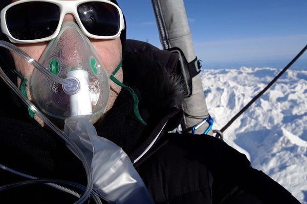 Des bouteilles d'oxygène à bord pour éviter le risque d'anoxie