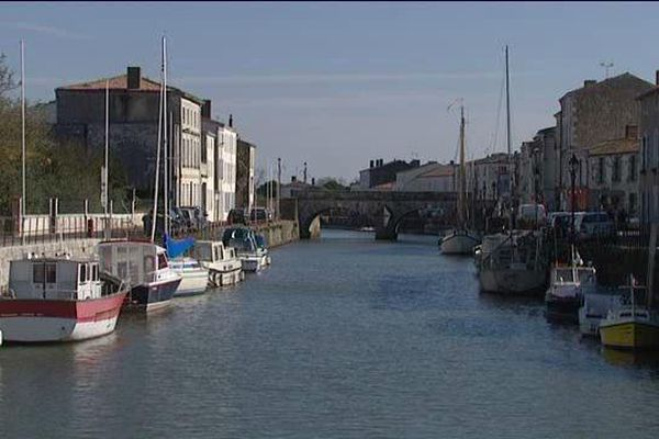 Le port de Marans, en Charente-Maritime.