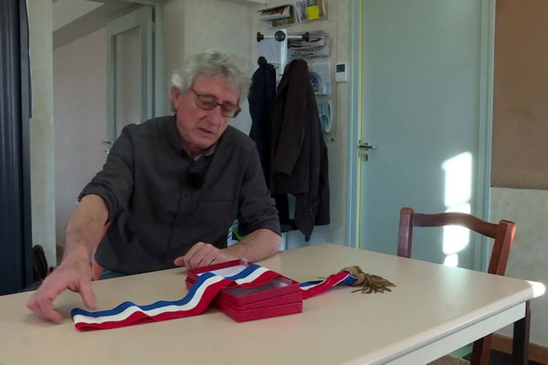 Robert Thiollière, maire de Genestelle en Ardèche ne se représente pas aux municipales 2020. A 2 mois du scrutin, la petite commune de 287 habitants ne trouve toujours pas de candidat.