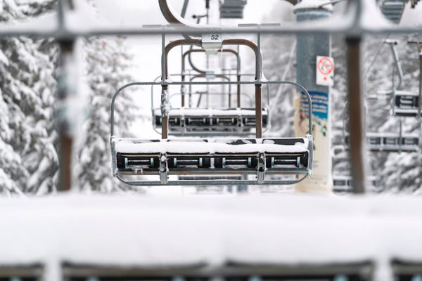 Les remontées mécaniques pourraient rouvrir le 7 janvier si la situation sanitaire le permet.