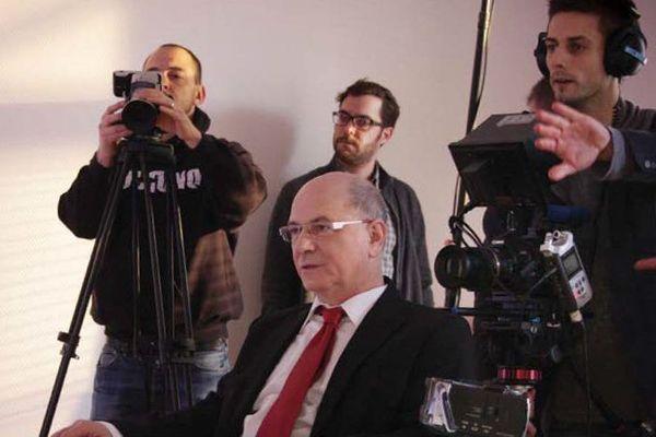 """Une photo du tournage de """"Confessions financières"""""""