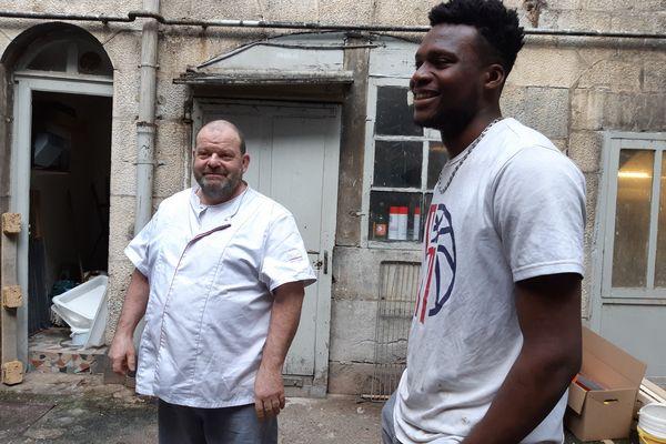 Stéphane Ravacley et son apprenti guinéen Laye Fodé Traoré à Besançon le 19 janvier 2021