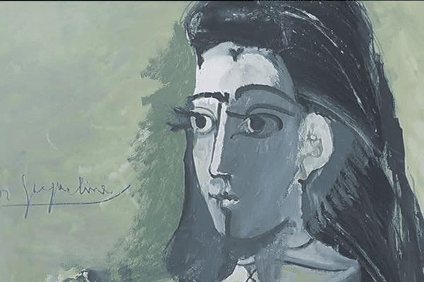 Jacqueline, au coeur de l'exposition Picasso à Landerneau (29)