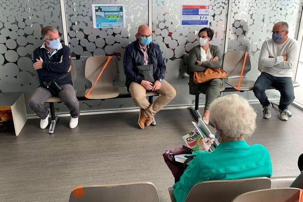 Dans cette clinique de Limoges, il faut compter 6 mois d'attente pour un rdv en ophtalmologie.
