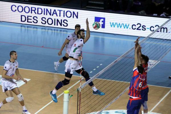 Philipp Collin et ses coéquipiers du TVB n'ont pas tremblé face à Poitiers