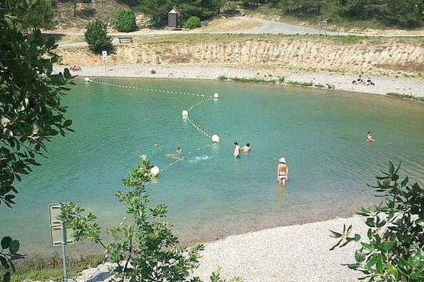 Lac de la Cavayère (Aude) - juillet 2013.