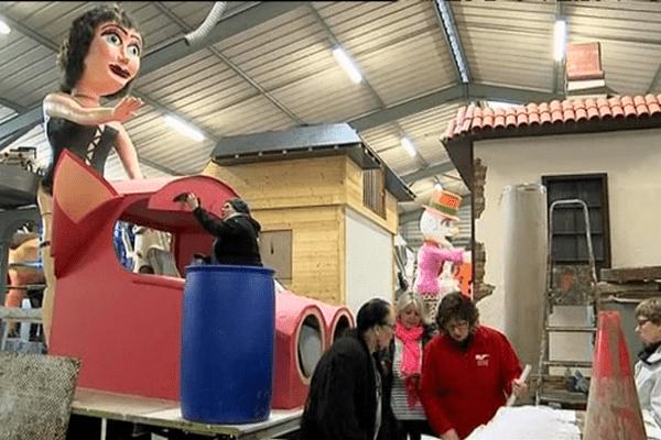 A Granville, les carnavaliers préparent leurs chars