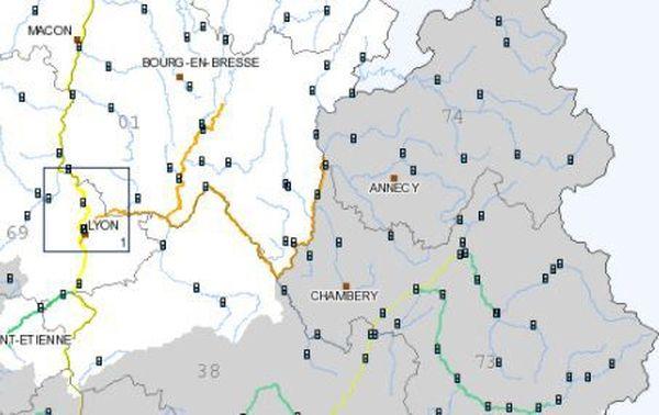 Le niveau du Rhône, en orange, est surveillé