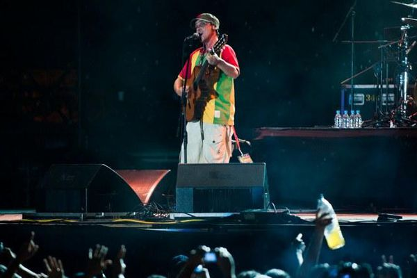 Manu Chao, en concert à  Caracas (Venezuela)