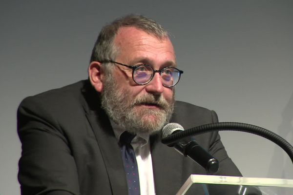 Joël Giraud, secrétaire d'État auprès de la ministre de la Cohésion des territoires et des Relations avec les collectivités territoriales, chargé de la Ruralité, à Pontarlier le 8 octobre 2021