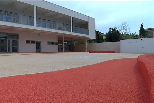 L'école Pape Carpentier du quartier Celleneuve possède désormais une extension avec cinq nouvelles salles de classe.