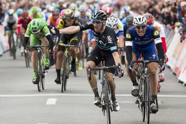 L'Italien de l'équipe Sky s'impose au sprint à Coxyde.
