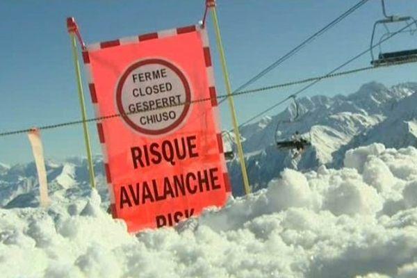La pratique du ski hors piste est vivement déconseillée.