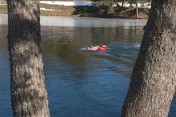 L'ice swimming ou la nage en eau glacée, une discipline sportive à 5 degrès maximum !