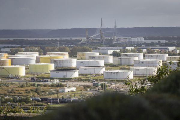 La raffinerie Total à Gonfreville l'Orcher près du Havre