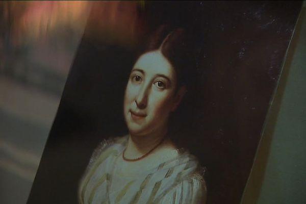 Pauline Jaricot (1799 - 1862) appartenait à une famille aisée de soyeux lyonnais. Elle imagine une organisation très simple pour collecter « le sou de la mission ».