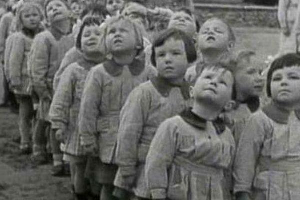 Des enfants de Basse-Normandie pendant l'Occupation allemande