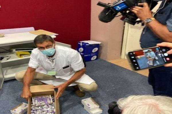 3.500 doses de vaccins anti-covid détruites au centre de vaccination de Saint-Orens près de Toulouse. 18 août 2021.