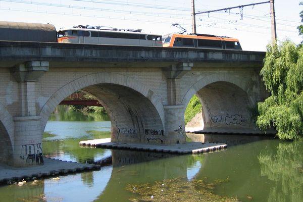 Pont SNCF Poitiers