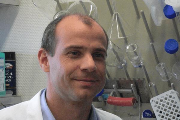 Dominil Lysek - CURODONT REPAIR Régénérer l'émail dentaire