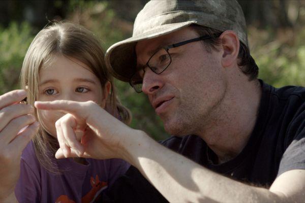 Marc Namblard transmet son expérience à sa fille.