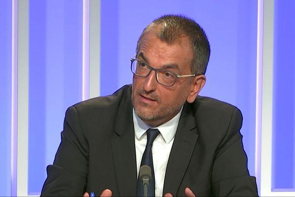 François Brière, maire sotrtant (DVD) de Saint-Lô